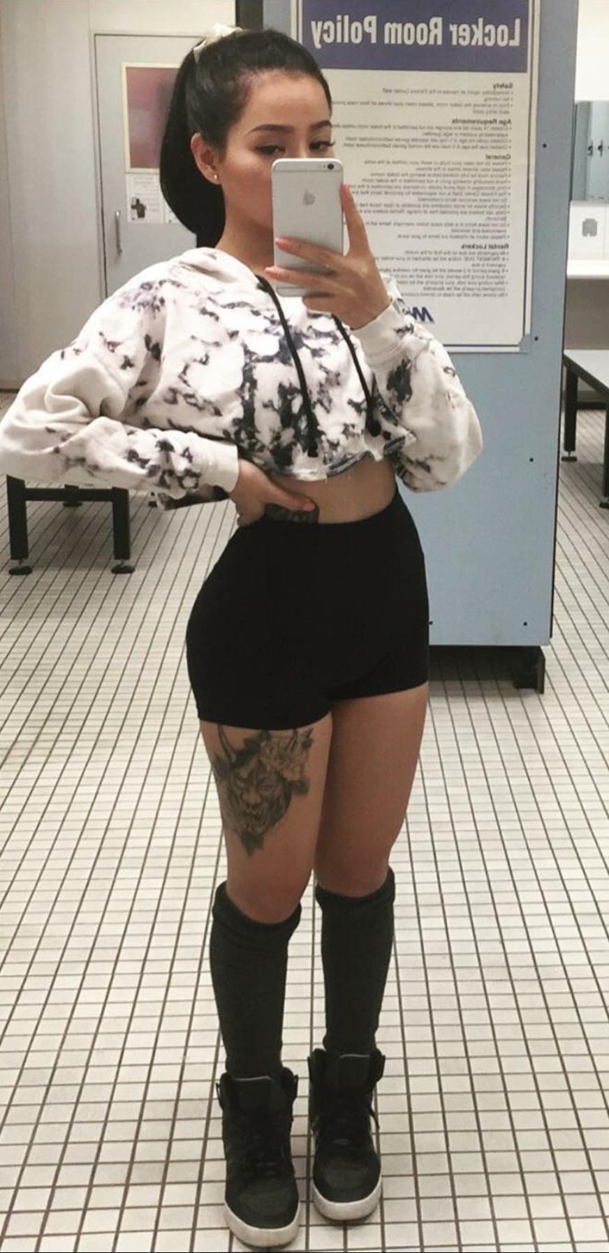 bella poarch mini skirt
