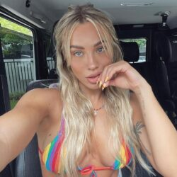 Tammy Hembrow Fashion & Fitness Queen 16