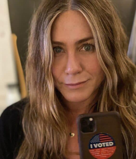 Jennifer Aniston Voter Selfie 11